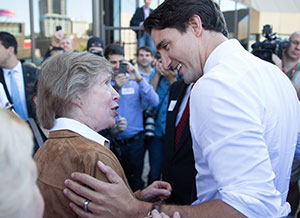 Justin Trudeau acknowledges the importance of co-operatives during Co-op Week